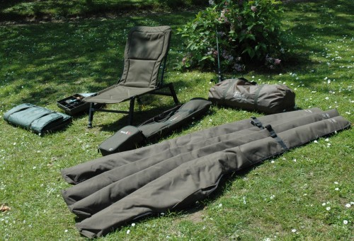 kit peche carpe carnassiers. Black Bedroom Furniture Sets. Home Design Ideas